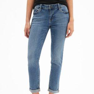 Gap jeans size 28